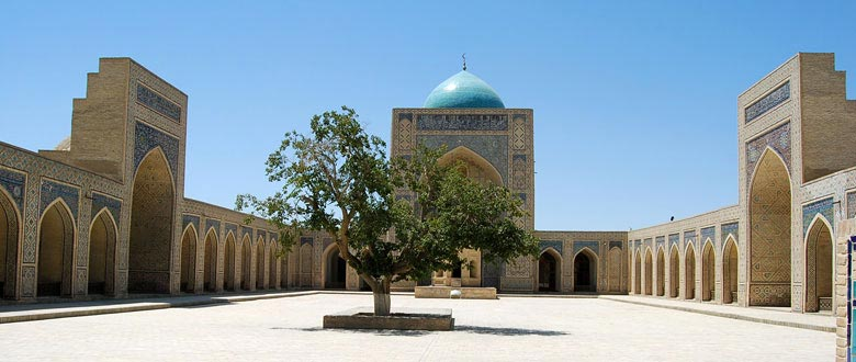Uzbekistan: blue domes of Tamerlane's Empire